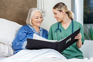 nurse and patient going through the hospice care evaluation